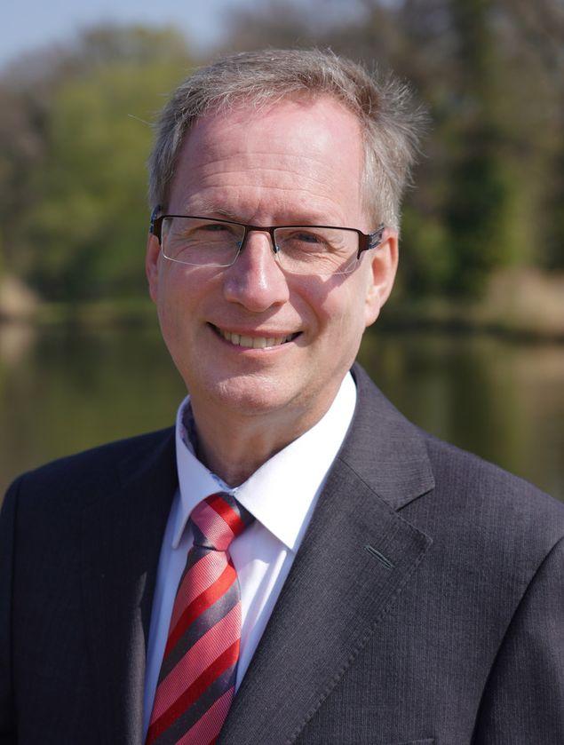 Dr. Hartmut Spiesecke